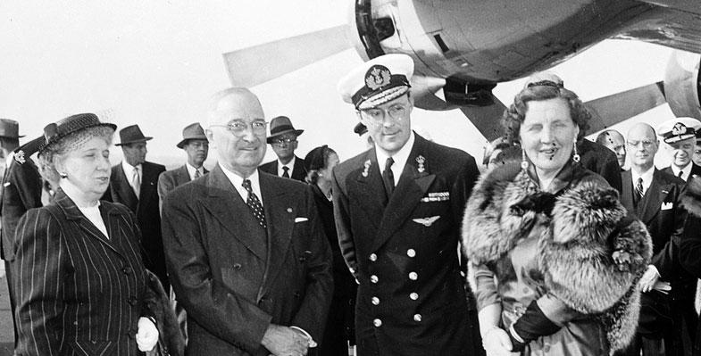 staatsbezoek Koningin Juliana aan Japan 1952