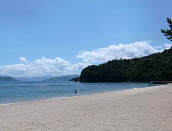 Tsutsumiguara strand Miyajima