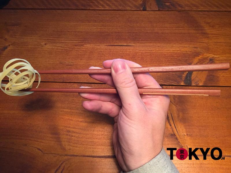 Hoe eten met stokjes part 5