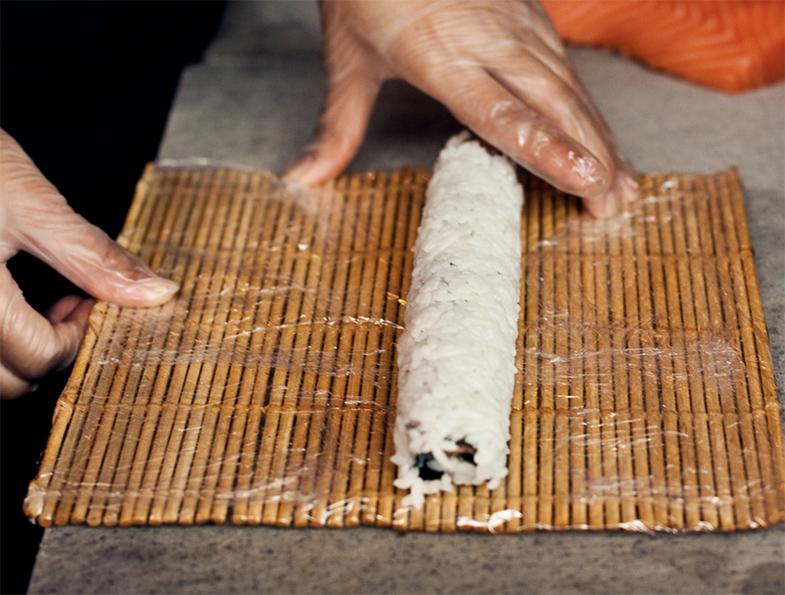 Sushi rol ongesneden