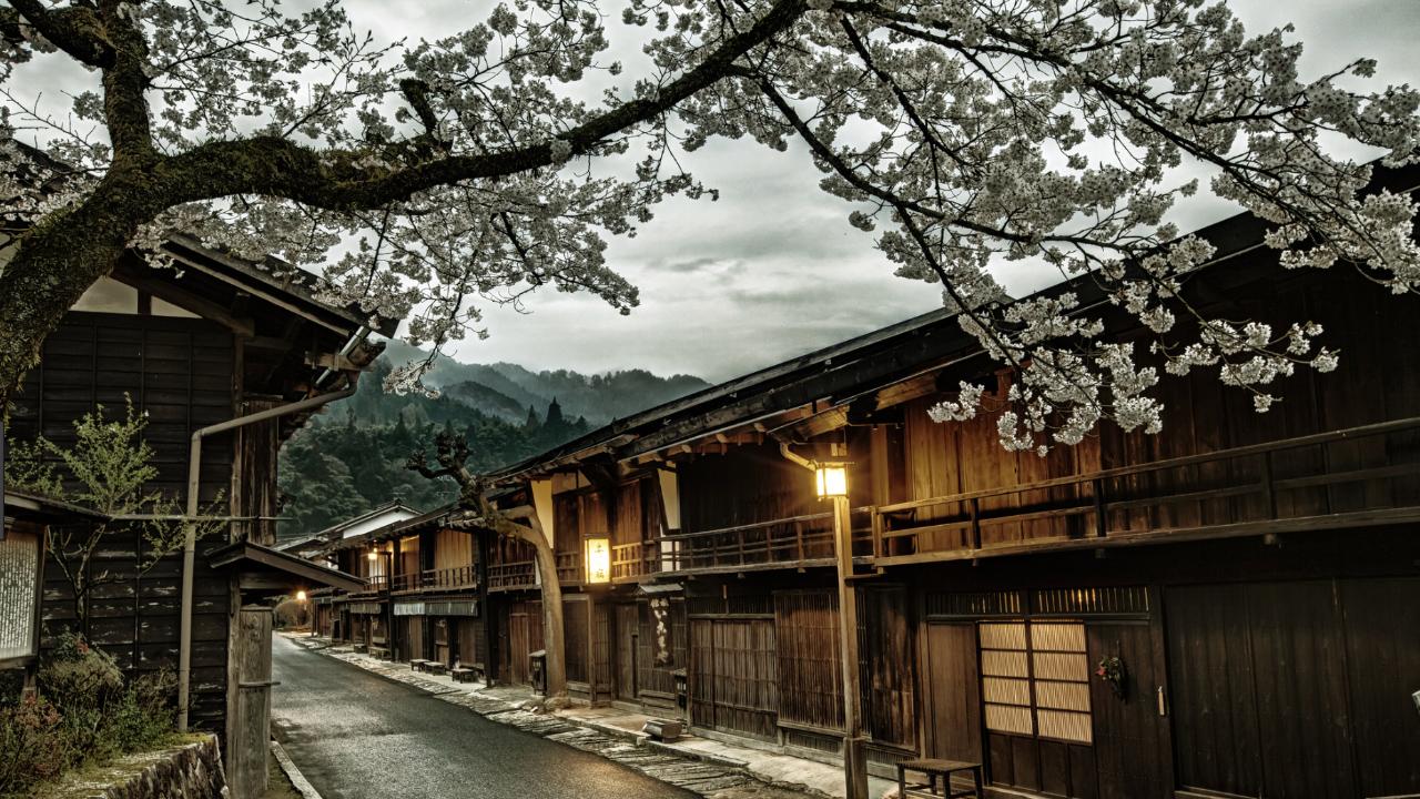 Lente en bloesem in Tsumago