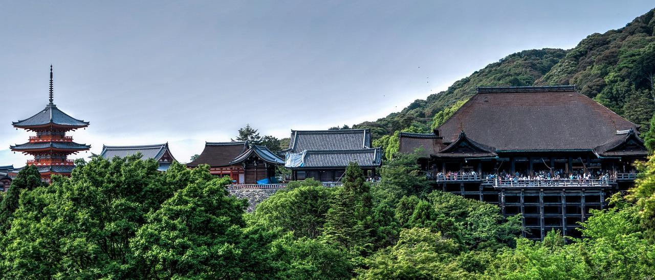 de Kiyomizu-dera tempel in Kyoto