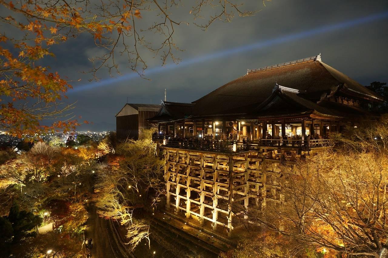 Kiyomizu-dera tijdens het lichtfestival