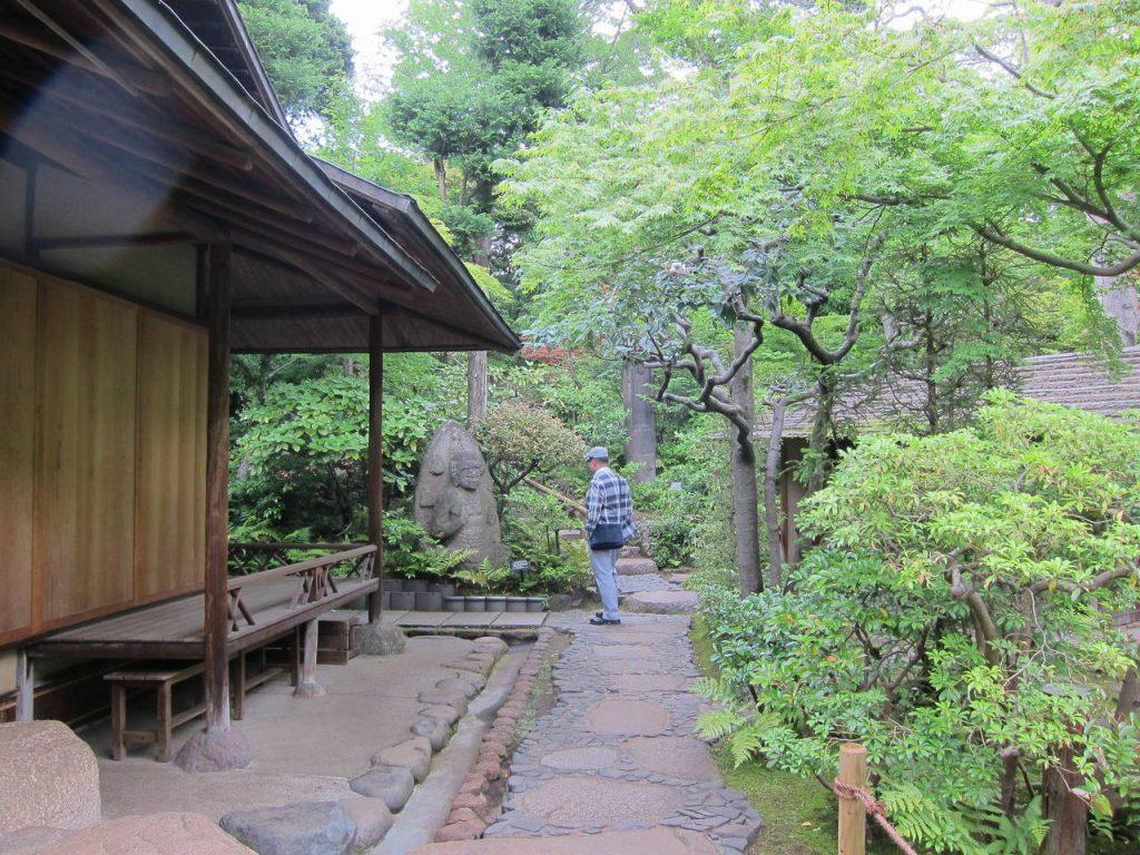 De tuin van het Nezu Museum in Mirato