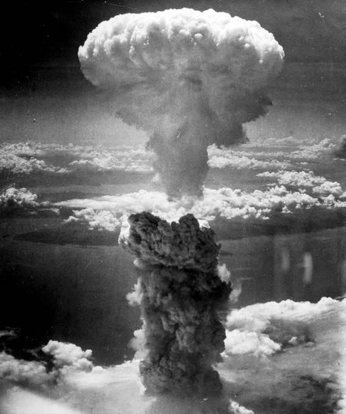 De paddenstoelwolk na de atoomaanval op Nagasaki