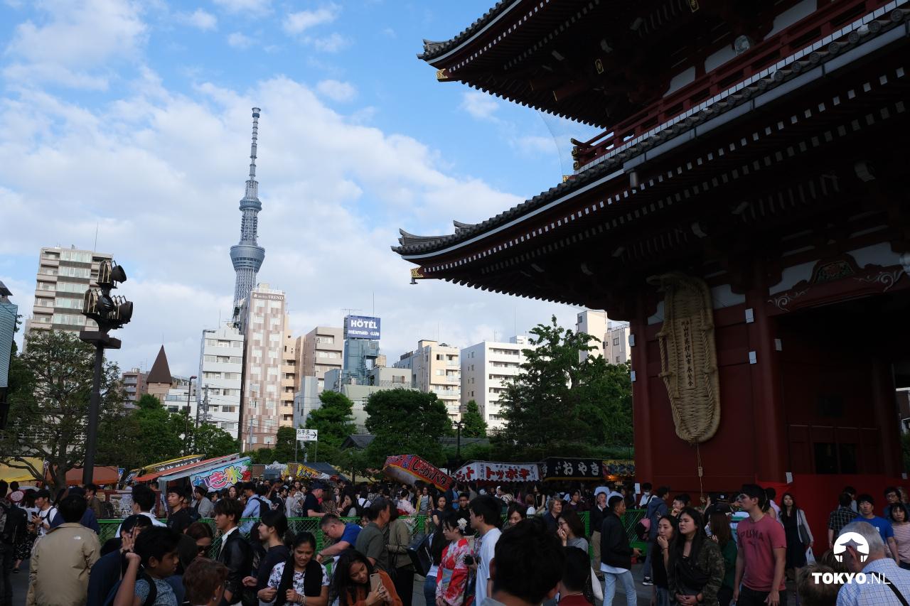 Senso-ji tempel met de Skytree
