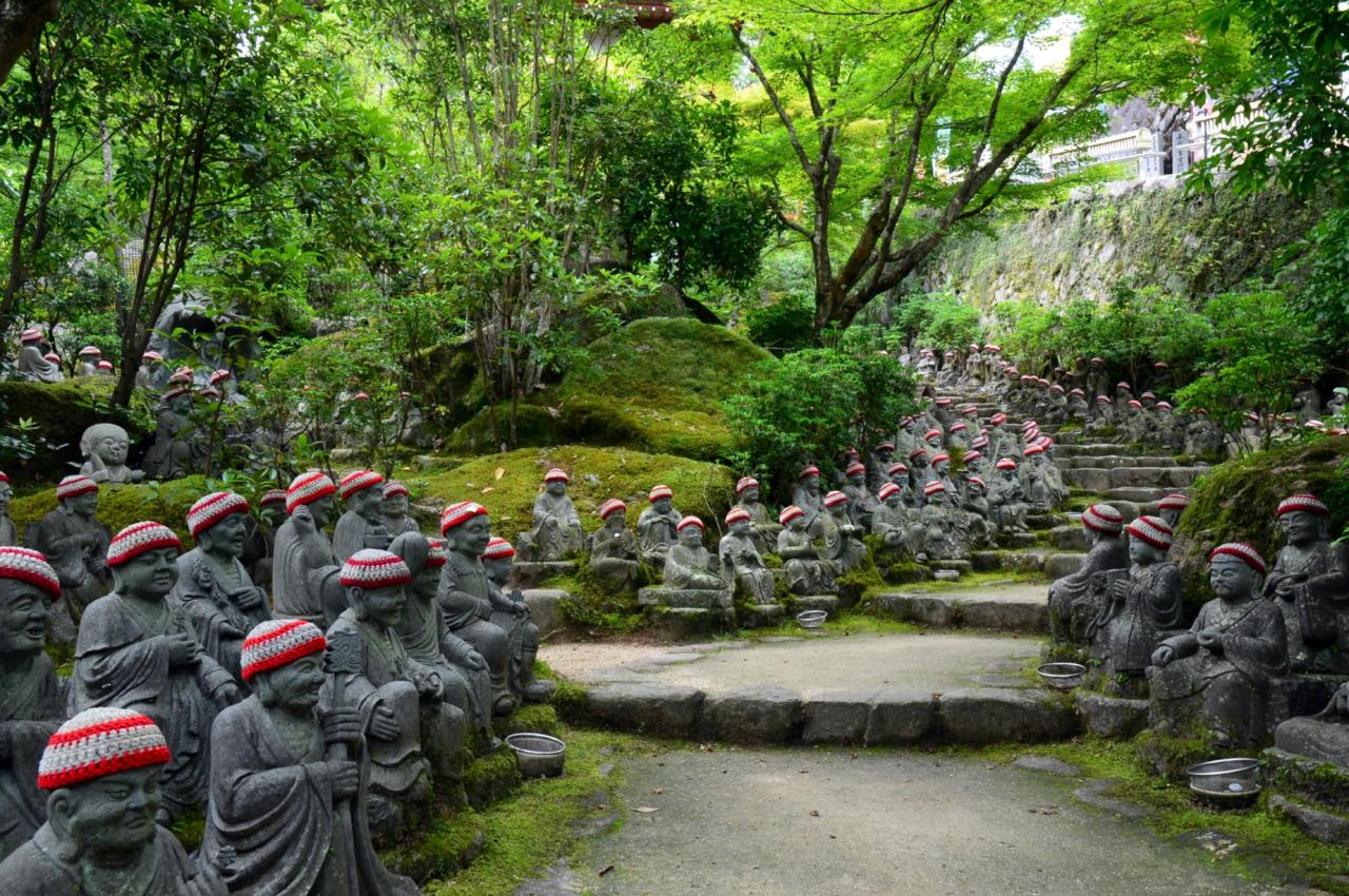 Daisho-in tempel beeldjes