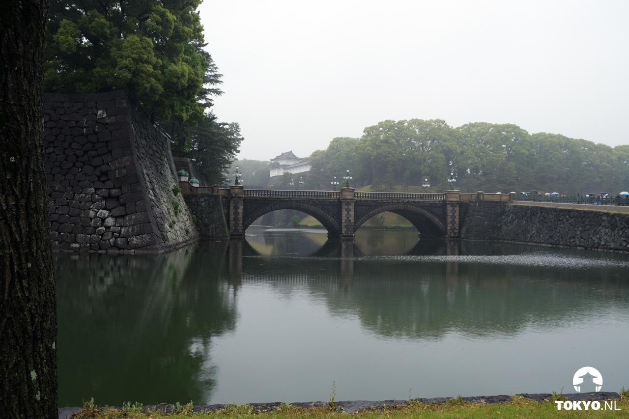 Nijubashi brug