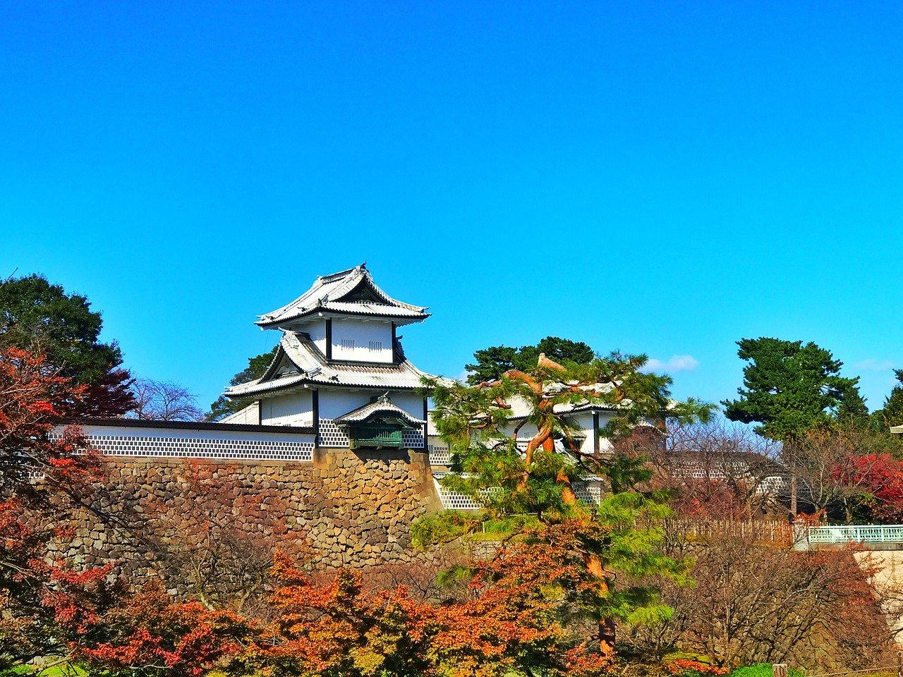 Kenroku-en en Kanazawa kasteel