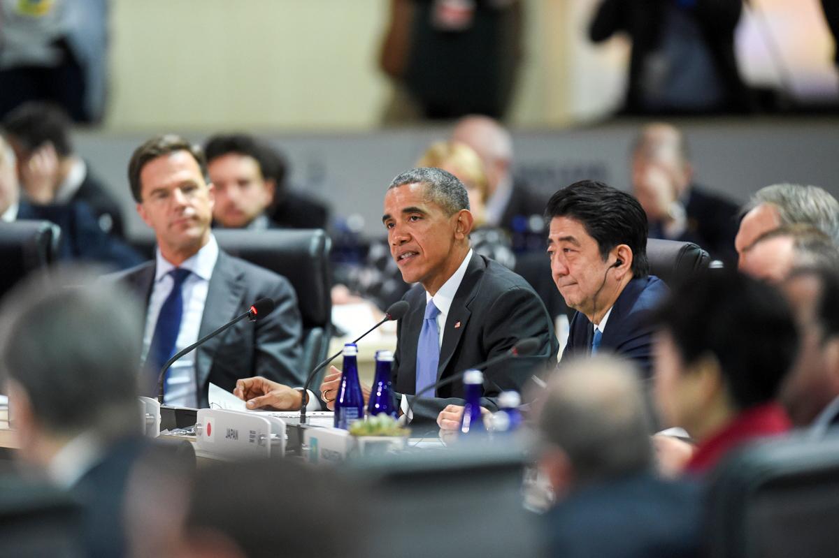 Premier Rutte, Shinzo Abe en President Obama